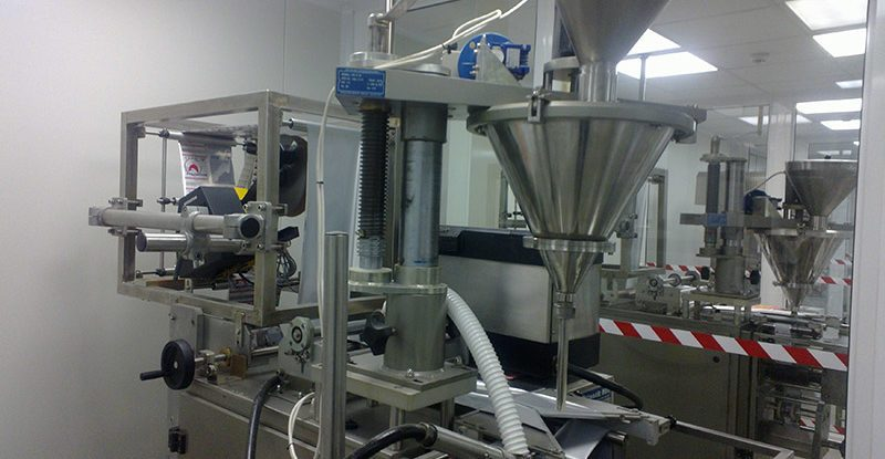 Unipack machine for powder products