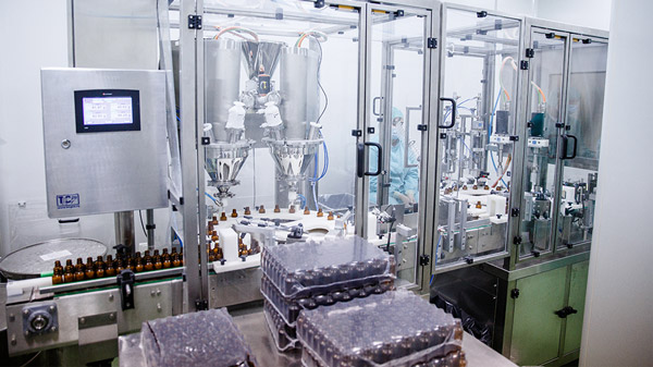 Monobloc for packaging of powder products