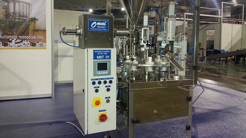 Monoblock machines for creamy, pasty products and gels