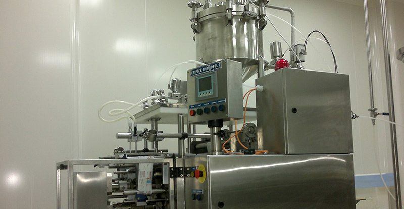 Unipack machine for liquid, creamy and pasty products