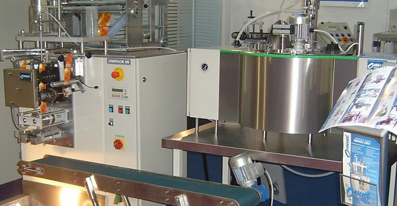 Unipack machine for viscous products